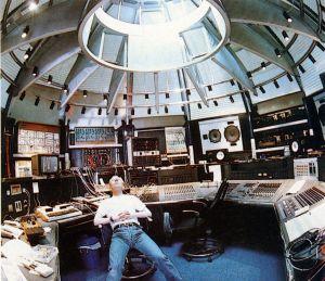 Vince studio 2